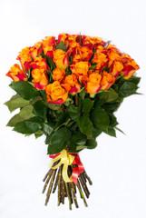Букет с оранжевыми розами в связке