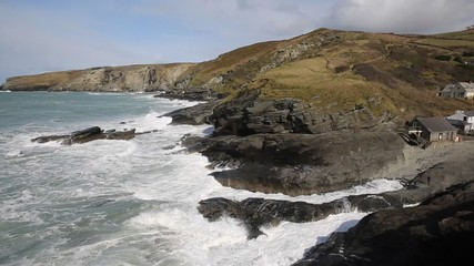 Fototapete - Trebarwith Strand Cornwall England UK coastal village between Tintagel and Port Isaac pan