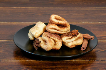 Biscuits with sugar and cinnamon sticks
