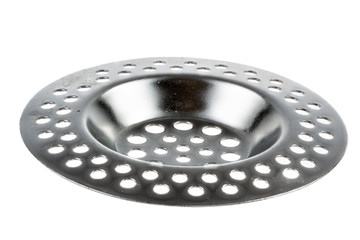 Isolated metallic sink strainer
