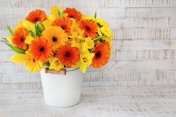 Blumenstrauß - Narzissen - Gerbera - Tulpen