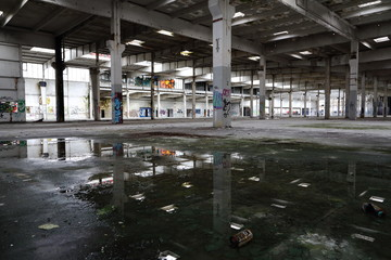 abandoned factory - Alte Linde-Fabrik in Mainz-Kostheim. März 2016.