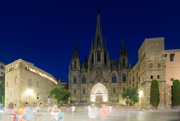 Foto op Canvas Barcelona Cathedral of the Holy Cross and Saint Eulalia in night. Barcelon
