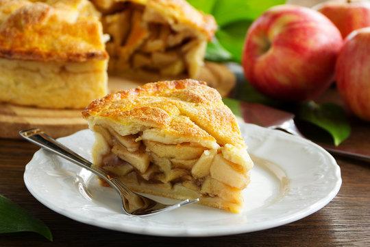 Classic American apple pie.