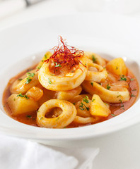Squid rings in sauce