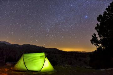 yıldızların altında çadırlı kamp