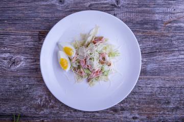 Цезарь салат с креветками