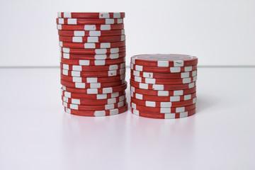Pokerchips gestapelt (rot)