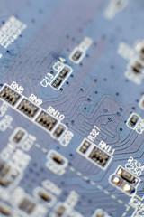 circuit électronique et composants informatiques