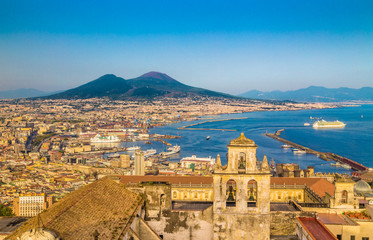 Foto op Plexiglas Napels City of Naples with Mt. Vesuv at sunset, Campania, Italy