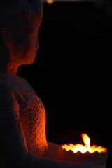 buddha weiss flamme V