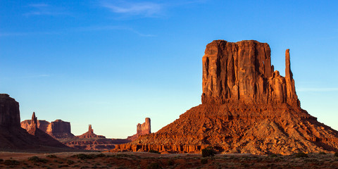 Monument Valley in evening light, Arizona