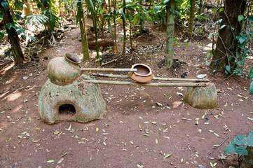 Традиционный индийский самогонный аппарат для дистилляции рома