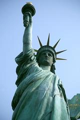 東京お台場 自由の女神像 正面仰望