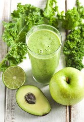 Green juice. Healthy drink.