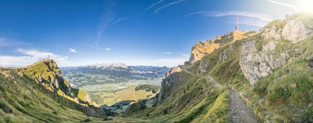 Bergwandern im Herbst, Kitzbüheler Horn, Tirol, Österreich
