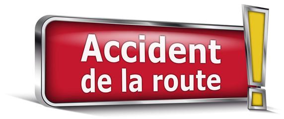Accident de la route sur panneau rouge