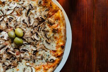 Delicious Funghi Pizza