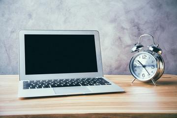 Laptop and alarm