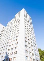 Wohnungsbau, Gebäude- Hochformat