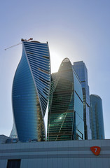 Башни-небоскребы делового центра