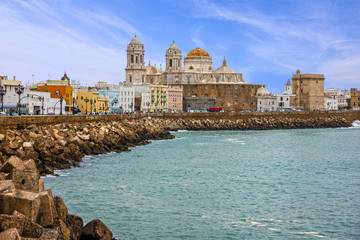 Papiers peints Ville sur l eau Cadiz, Spain. Seafront Cathedral Campo del Sur