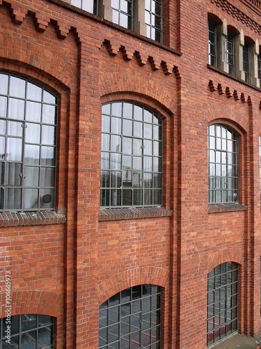 Fabrikfenster Kaufen schöne alte fabrikfenster einer backsteinfassade aus der gründerzeit