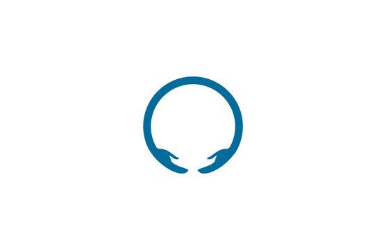 round hand logo
