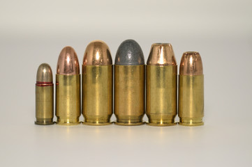 Pistolen Munition