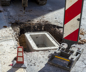 cockpit concrete placed in place before closing the excavation and restoring of the road