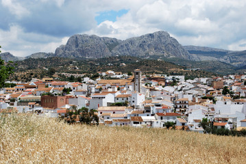 View across the town rooftops towards the mountains, Rio Gordo.
