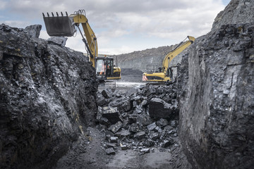Ancient deep coal workings in surface coal mine