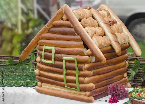Как сделать дом хлебный 494