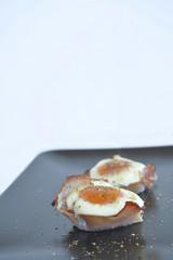 eggs in ham cups