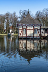 Ententeich im Schlosspark Stadthagen, Niedersachsen