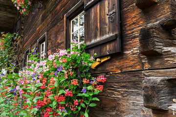 Fassade eines alten Bauernhofs