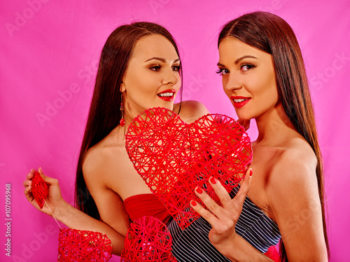 single lesbian women in bulpitt Unlike some lesbian dating sites that only focus on the fact that you're women seeking women, our dating agency is also all about compatibility we're here to remove the guess-work by connecting you to like-minded single women.