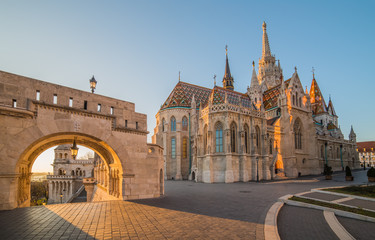 Printed kitchen splashbacks Budapest Roman Catholic Matthias Church and Fisherman's Bastion in Early Morning in Budapest, Hungary