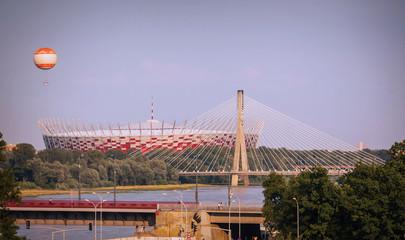 Stadion Narodowy w Warszawie. Widoczny równiez Most Świetokrzyski