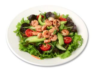 Schrimpsalat / Salat freigestellt auf weißem Teller