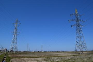 送電線/山形県の庄内地方で、送電線を撮影した写真です。