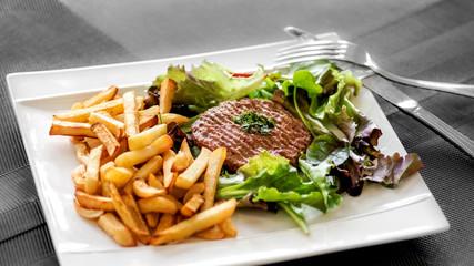 steak haché frites