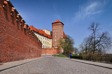 Autocollant pour porte Cracovie A view of a Wawel castle in spring day - Krakow
