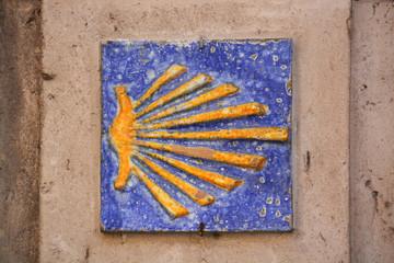 concha símbolo del Camino de Santiago de cerámica
