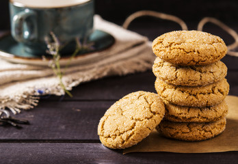 Photo sur Toile Biscuit Soft ginger cookies with cracks