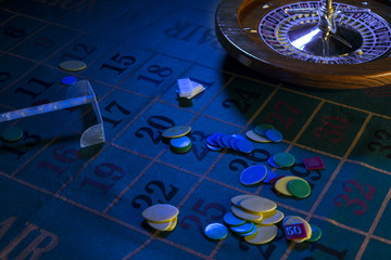 tavolo da roulette in notturno blu