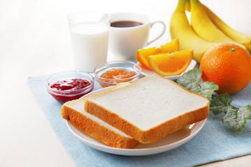 パンの朝食イメージ Bread & Breakfast image