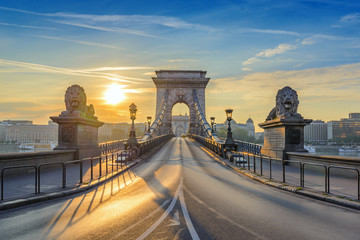 Foto op Canvas Boedapest Chain Bridge when sunrise, Budapest, Hungary
