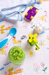 Baby food of peas