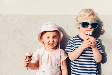 Girl and boy eating ice cream